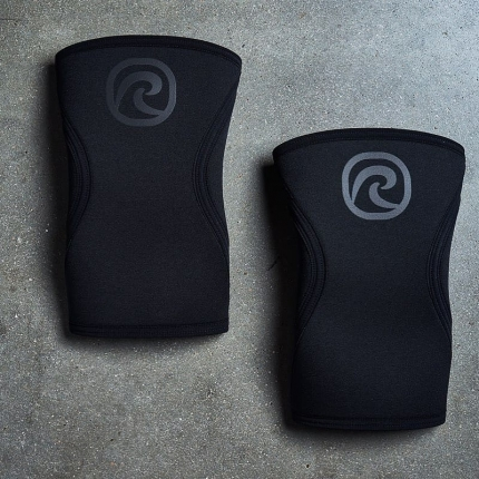 The new Carbon Black Rx Knee Sleeve - Developed and engineered for you to become better, faster and stronger.🦵🦿🦵🦿Les nouvelles genouillères Carbon Black Rx - Développé et conçu pour que vous deveniez meilleur, plus rapide et plus fort.#rehband #beatyourbestyou #rehbandfullpotential #kneesleevesReposted from @rehband